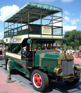 Omnibus Main Street, USA