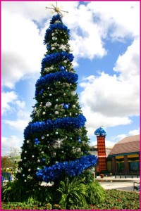 Downtown-Disney-Christmas-Tree-Walt-Disney-World